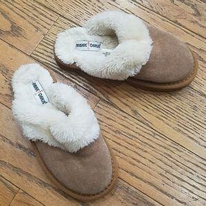 Girls Sz 13 Minnetonka Clog  Fur Lined Slippers